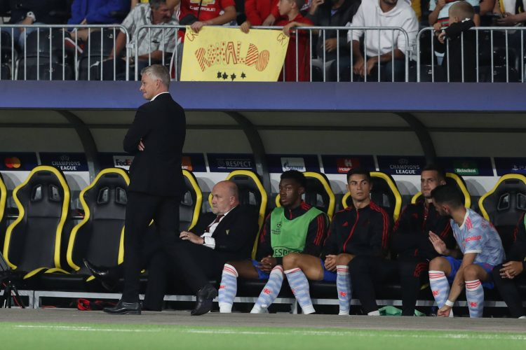 Ole Gunar Solšer Cristiano Ronaldo of Manchester United, ManU reacts on the bench as Ole Gunnar Solskjaer manager of Manchester United walks by during the UEFA Champions League match at Stadion Wankdorf, Berne.